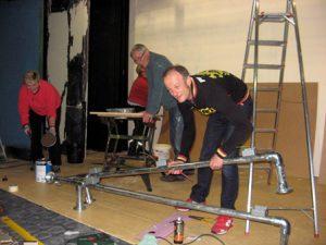 set-building-crew